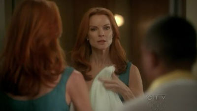 Desperate Housewives - Everybody Ought to Have a Maid