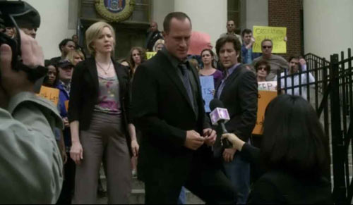 Law & Order: Special Victims Unit - Bullseye