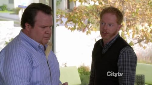 Modern Family - Caught in the Act