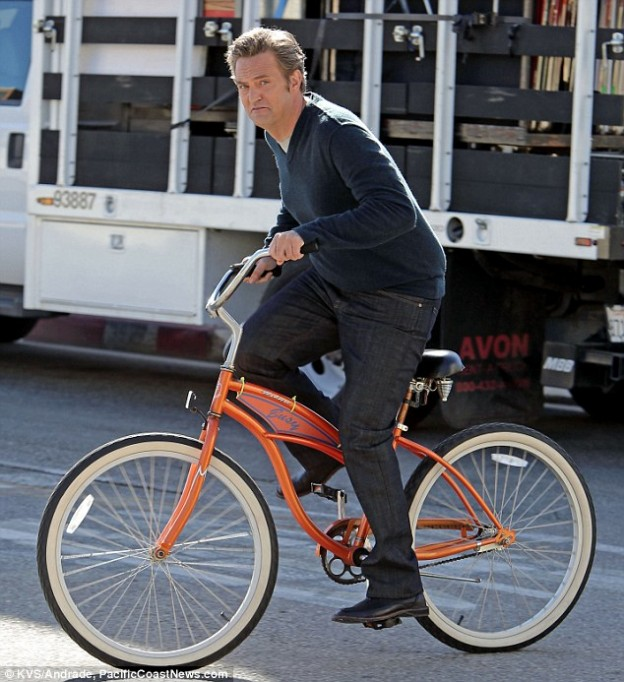Matthew Perry Cougar Town1