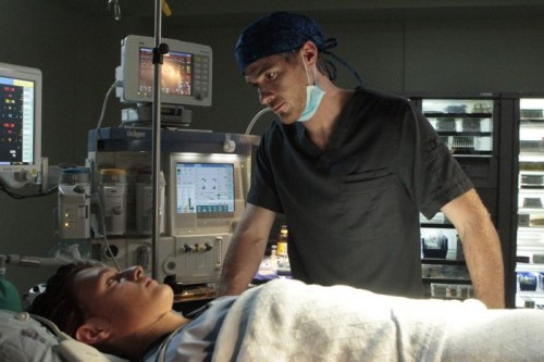 red-band-society-season-1-episode-2-Jordi-and-Dr-McAndrew